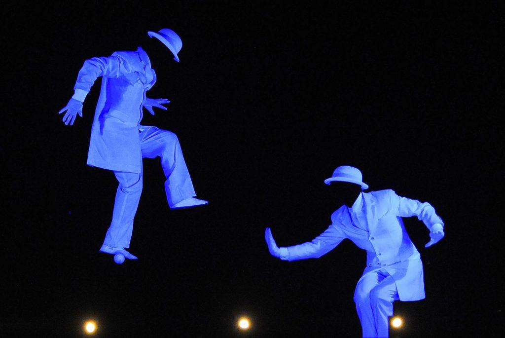 Scène partagée - Les chapeaux Blancs
